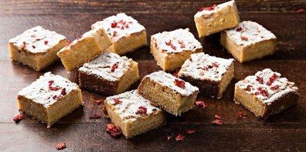Macadamia & White Chocolate Brownie